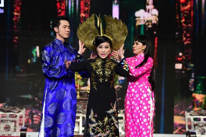 Thanh Van nuot than hong, tap vo Vovinam tren san khau hinh anh 7