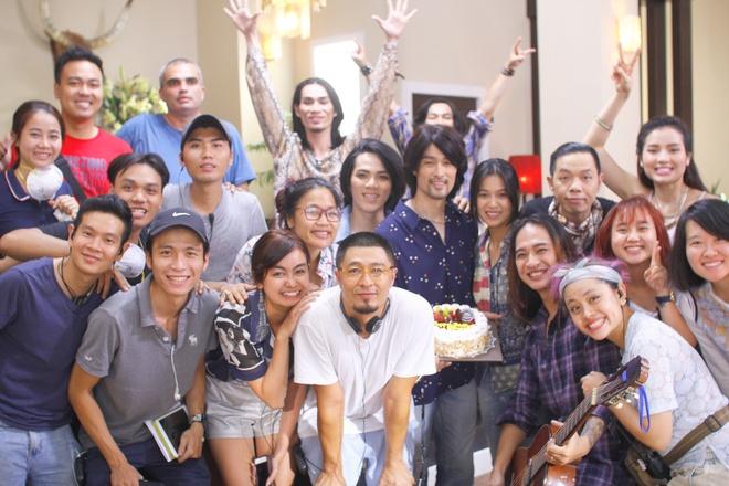 Nhung Kate mung sinh nhat Tri Nguyen tren phim truong hinh anh 7