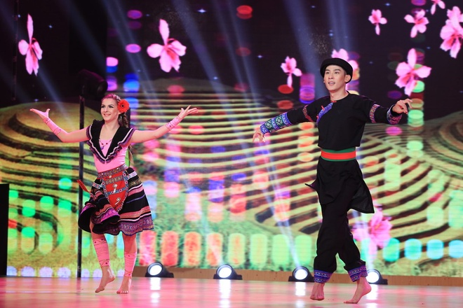 Lam Chi Khanh ke ve cuoc doi trong chuong trinh Vip dance hinh anh 4