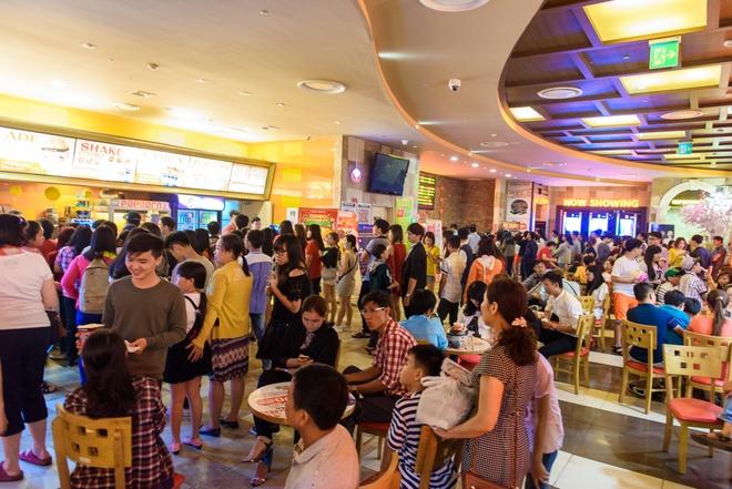 Khan gia Viet xep hang xem phim Chau Tinh Tri mua Tet hinh anh 2
