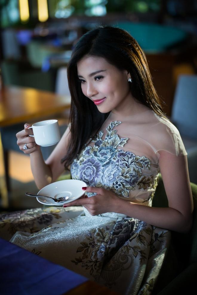 Luong The Thanh, Thuy Diem hanh phuc trong ngay Tinh nhan hinh anh 5