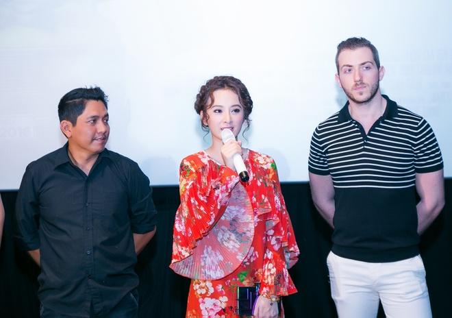 Thanh Thuy do sac voi Angela Phuong Trinh trong su kien hinh anh 5