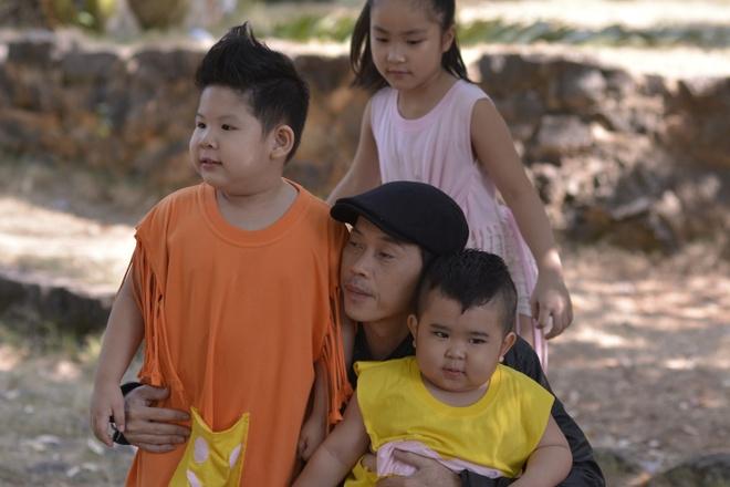 Hoai Linh tham gia 'Bao mau sieu quay 2' hinh anh 1
