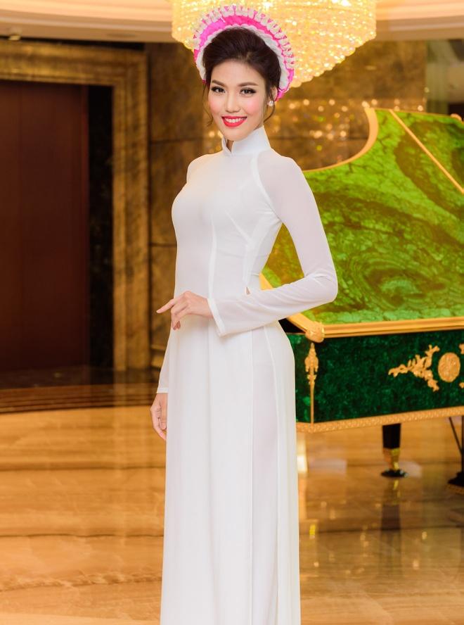 Hoa hau Ky Duyen, Lan Khue khoe sac voi ao dai hinh anh 2