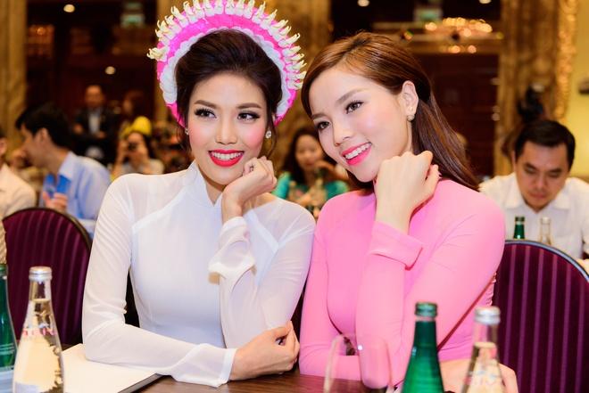 Hoa hau Ky Duyen, Lan Khue khoe sac voi ao dai hinh anh 5