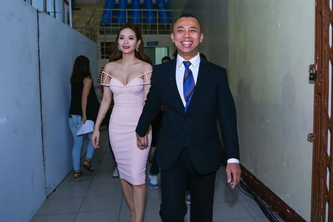 Minh Hang mac goi cam di cham thi Buoc nhay hoan vu hinh anh 3