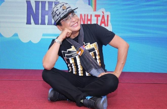 Viet Huong lam co tien cua cac em thieu nhi hinh anh 2