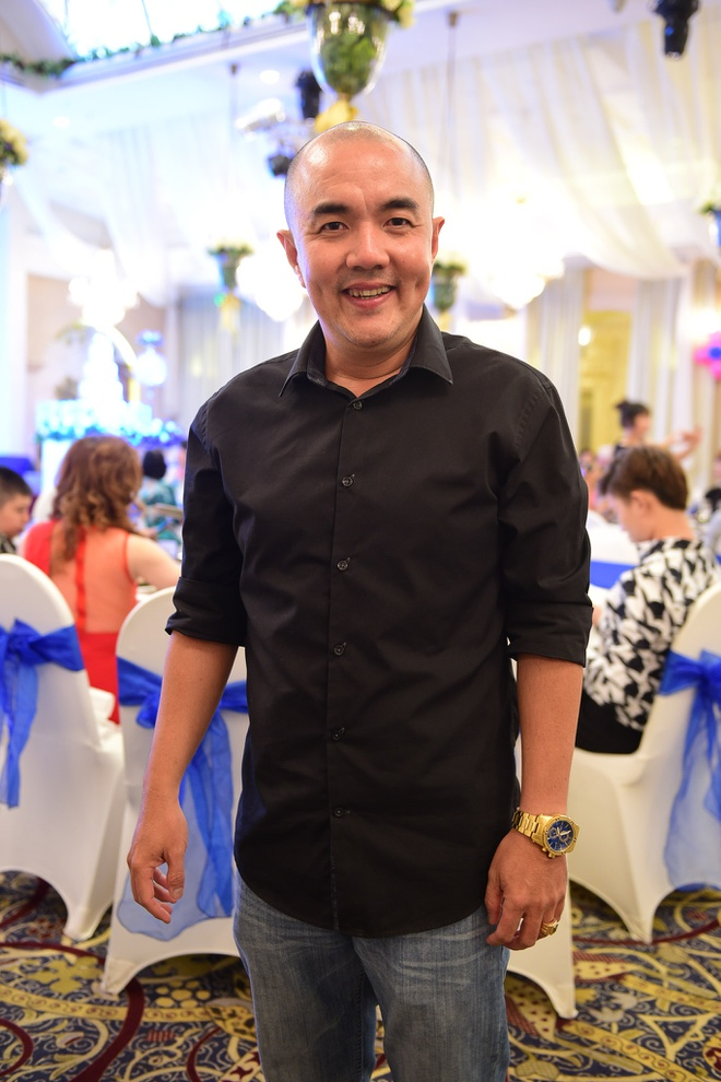 Phi Thanh Van lam day thang cho con trai anh 13