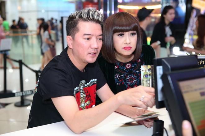 Dam Vinh Hung ru danh ca Y Lan di xem phim hinh anh 5