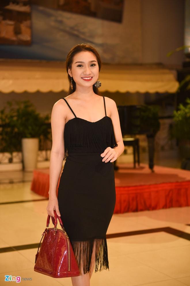 Nam Cuong dua vo toi du dam cuoi Kha Ly - Thanh Duy hinh anh 16