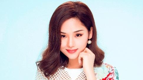 Miu Le lan dau tham gia dem nhac Trinh Cong Son hinh anh