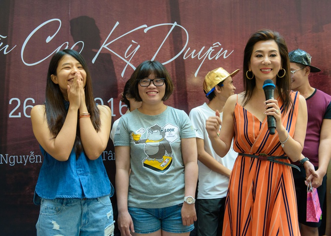 MC Ky Duyen lan dau hop fan o Viet Nam anh 5