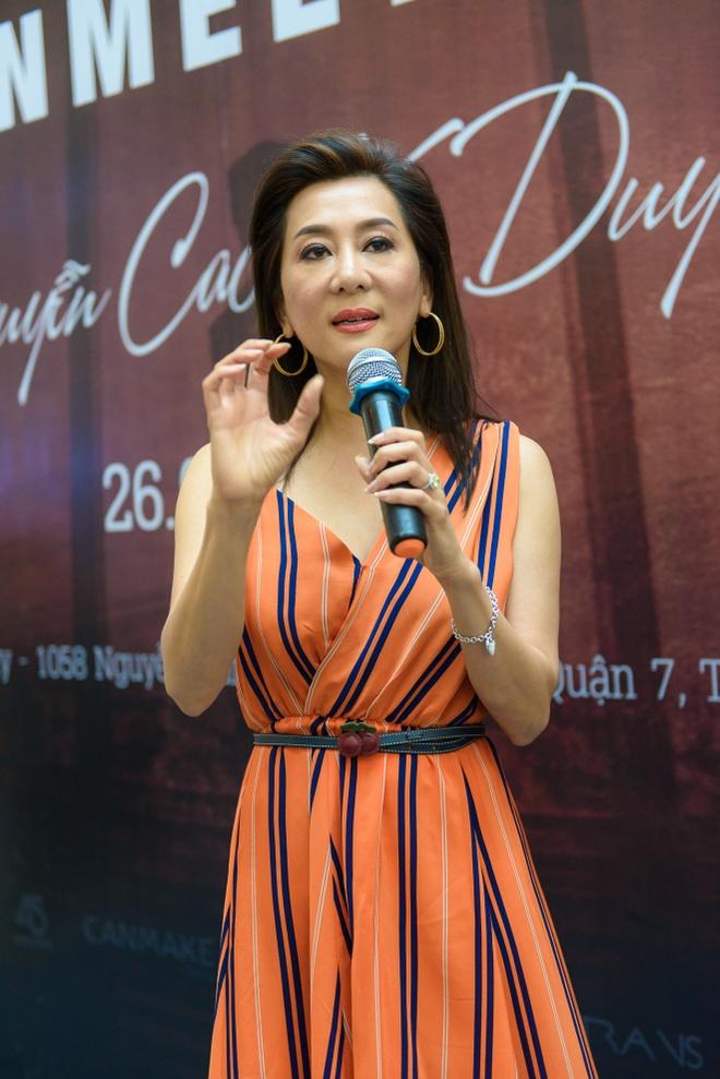 Nguyen Cao Ky Duyen lan dau hop fan tai TP HCM hinh anh 2