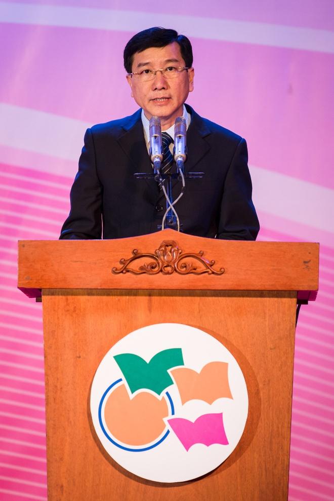 Hoi sach TP HCM 2016 thu 50 ty dong sau 7 ngay hinh anh 2