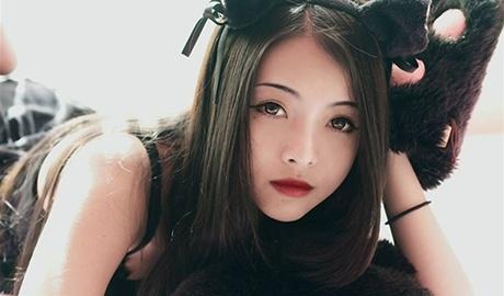 Chau gai dao dien Hong Sen: 'Khong ai cam do duoc toi' hinh anh