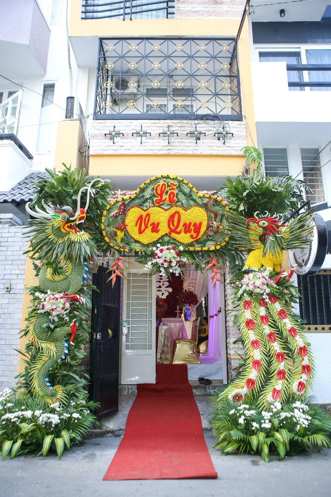 Luong The Thanh - Thuy Diem hon nhau ngot ngao hinh anh 1