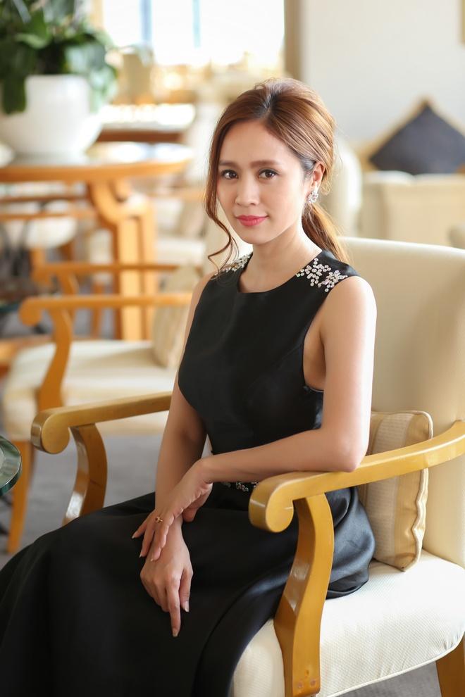 Angela Phuong Trinh tham du tuan phim Viet tai CH Czech hinh anh 1