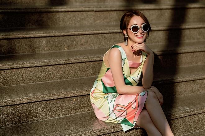 Street style ngay cang sanh dieu cua Nha Phuong hinh anh 7