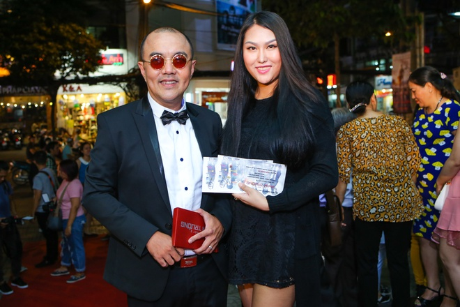Vo Ly Hai vac bung bau 6 thang den du ra mat phim hinh anh 8