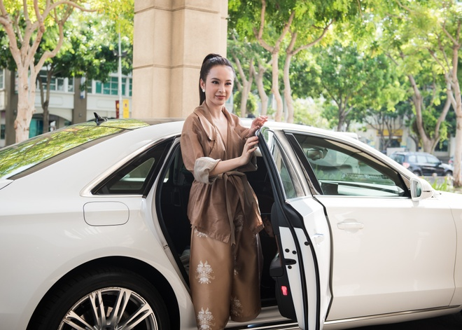 Angela Phuong Trinh dien do ruom ra ra mat phim moi hinh anh 1