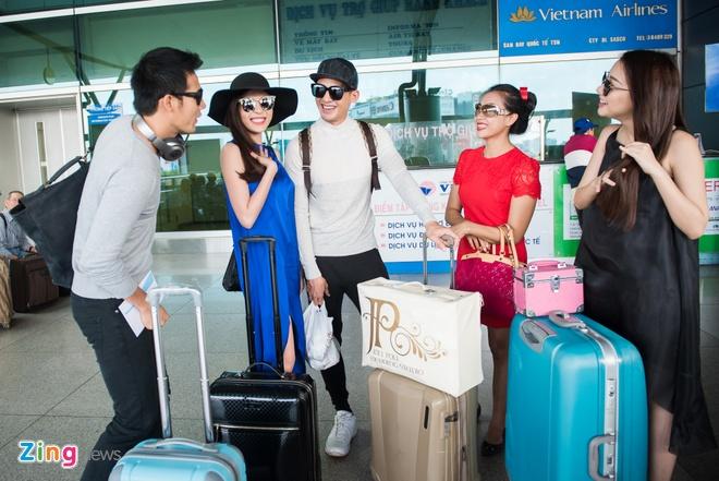 Luong The Thanh cham soc Thuy Diem o san bay hinh anh 9