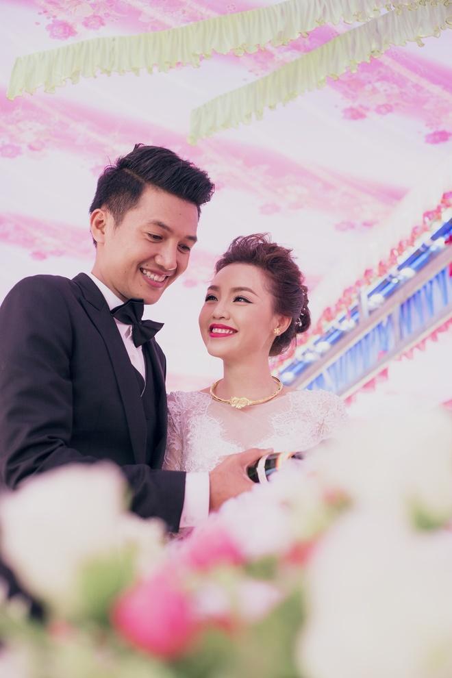Dam cuoi Quang Tuan va Linh Phi anh 7