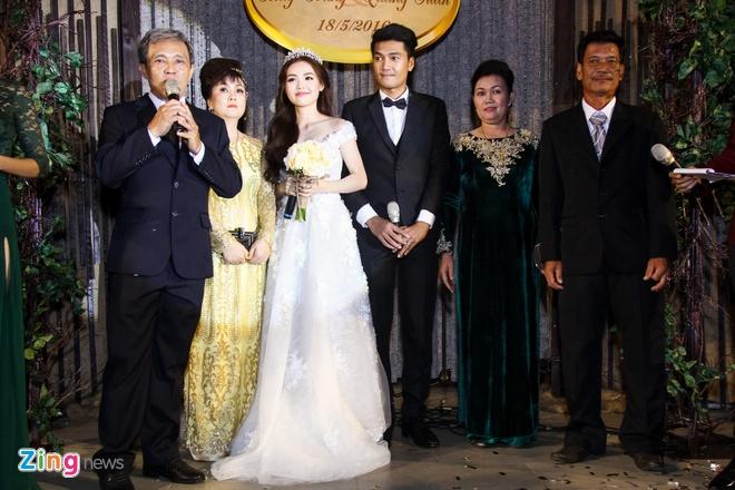 Ban trai om eo Ngoc Lan du dam cuoi Quang Tuan - Linh Phi hinh anh 16