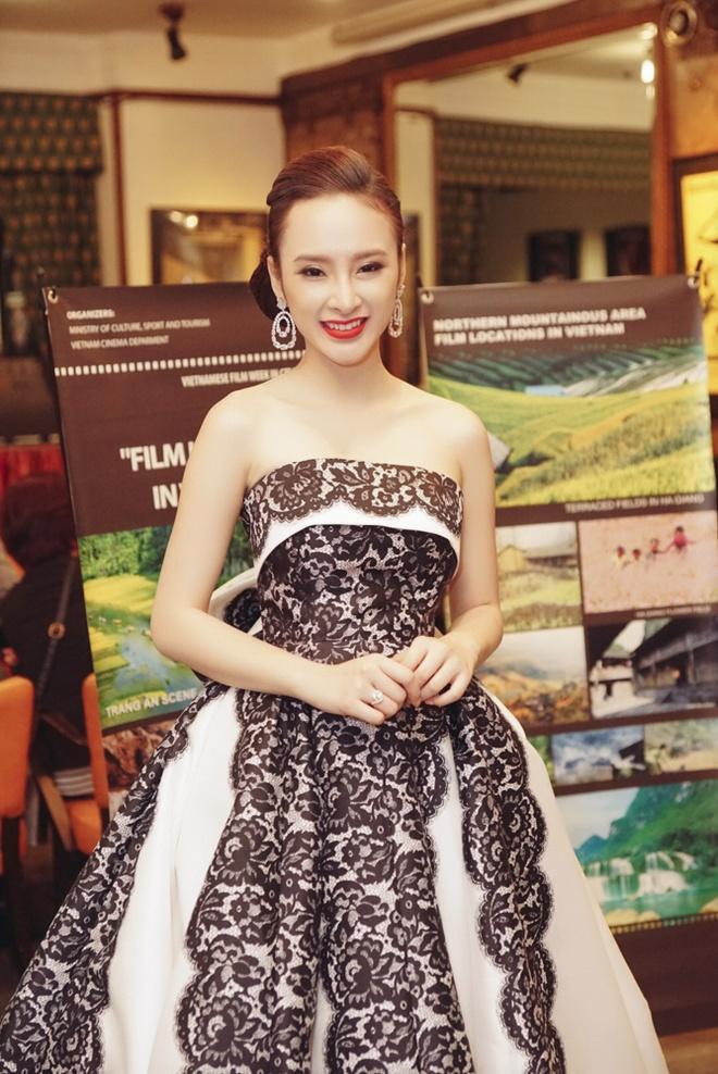 Angela Phuong Trinh o Tuan le phim Viet Nam tai Czech hinh anh 3