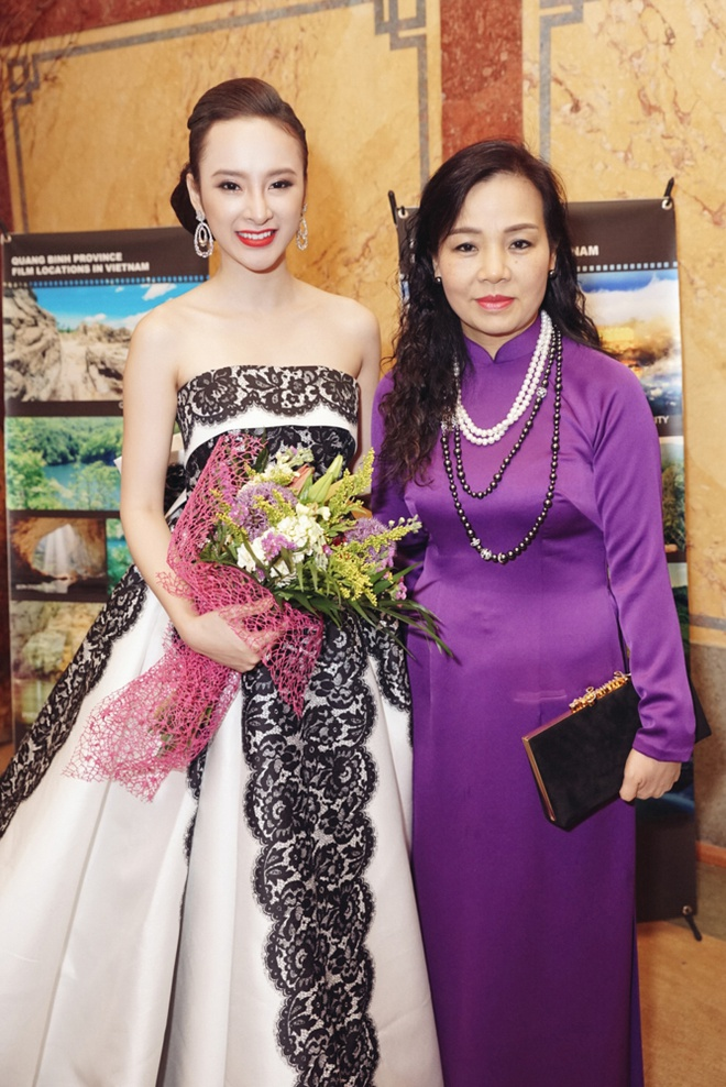 Angela Phuong Trinh o Tuan le phim Viet Nam tai Czech hinh anh 7