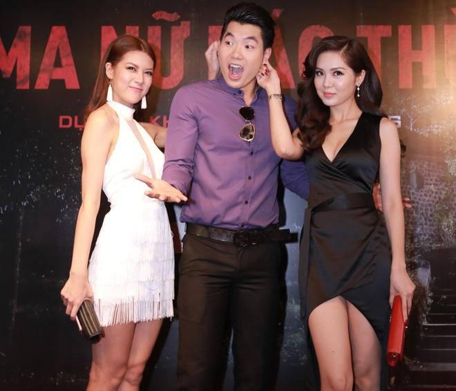 Truong Nam Thanh om 2 nguoi dep trong su kien hinh anh 3