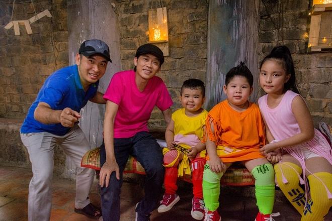 Hoai Linh lam ao thuat de muu sinh trong phim moi hinh anh 7