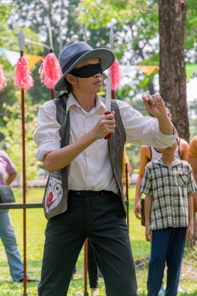 Hoai Linh lam ao thuat de muu sinh trong phim moi hinh anh 1