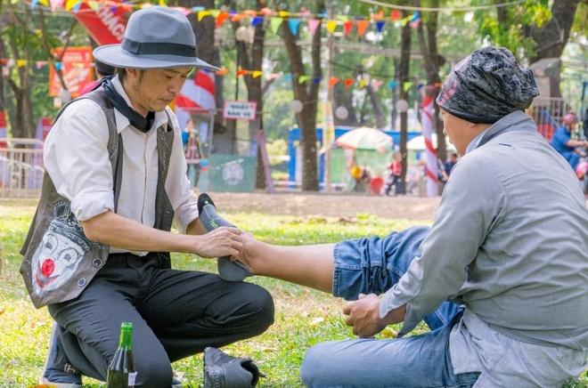 Hoai Linh lam ao thuat anh 4