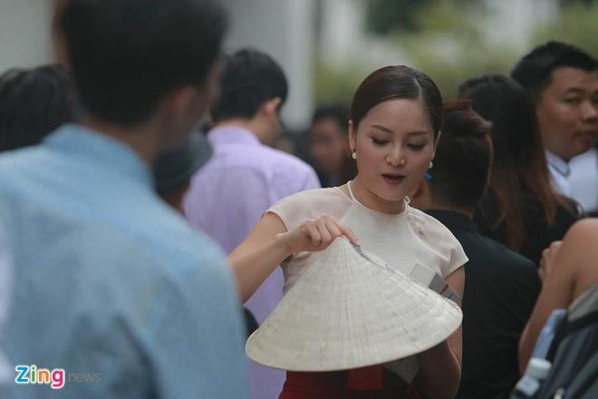 Lan Phuong mang qua dac biet tang Tong thong Obama hinh anh 6