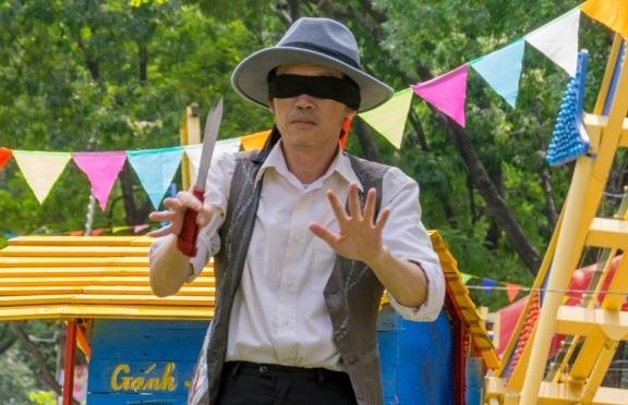 Hoai Linh lam ao thuat de muu sinh trong phim moi hinh anh