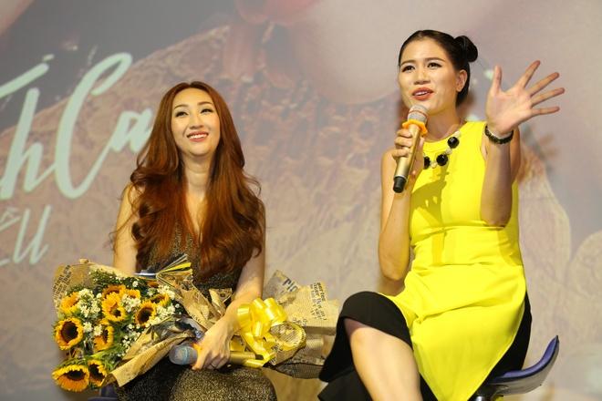 Trang Tran mang hoa den chuc mung Leu Phuong Anh hinh anh 3