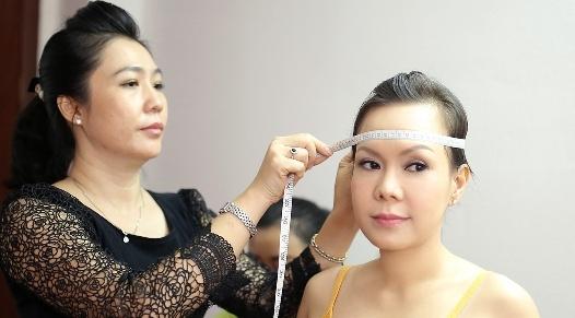 Viet Huong sung suong vi duoc dung tuong sap hinh anh
