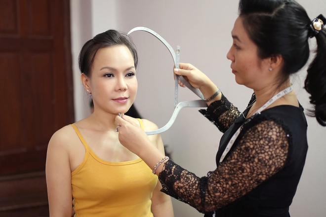Viet Huong sung suong vi duoc dung tuong sap hinh anh 1
