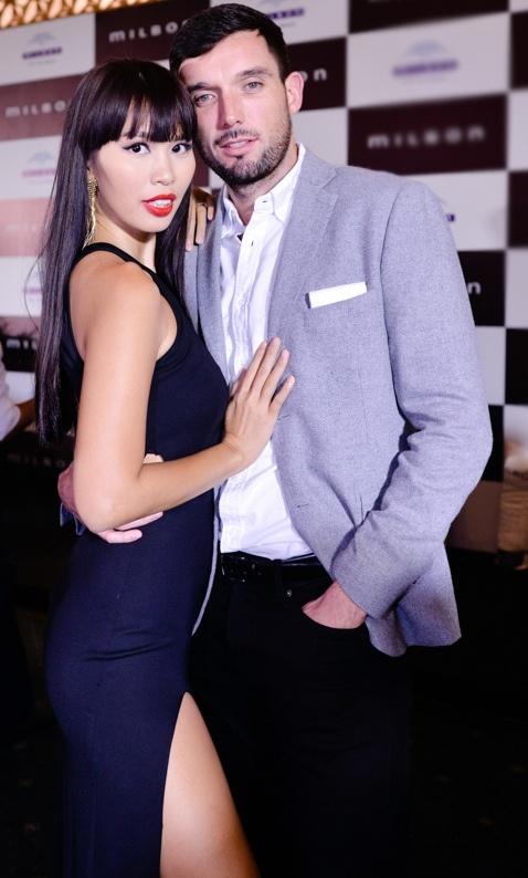 Hot girl X Factor Truong Kieu Diem goi cam di tiec hinh anh 7