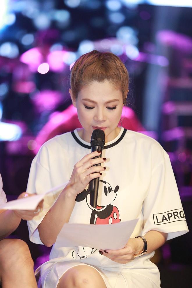 Dan sao nam Vpop quy tu trong live show cua Thanh Thao hinh anh 1