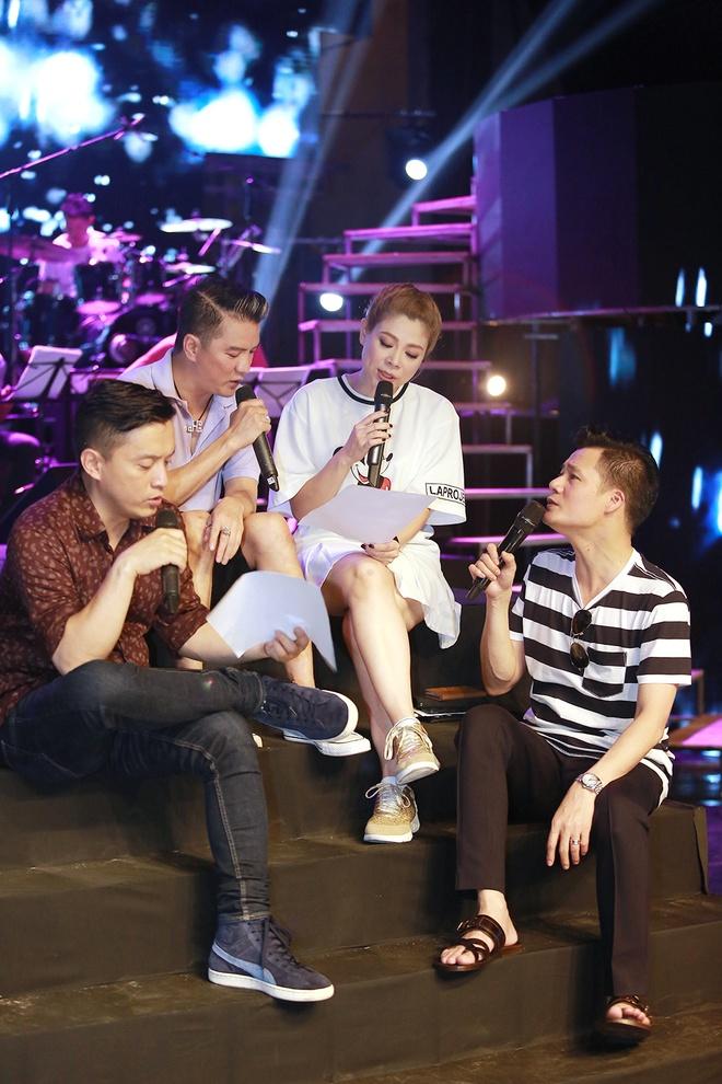 Dan sao nam Vpop quy tu trong live show cua Thanh Thao hinh anh 3