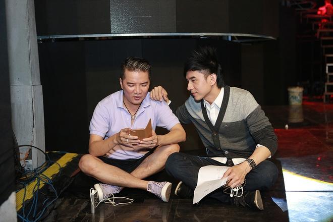 Dan sao nam Vpop quy tu trong live show cua Thanh Thao hinh anh 5