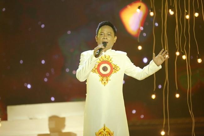 Nghe si hai Tan Hoang chat vat nuoi 11 thanh vien gia dinh hinh anh 1