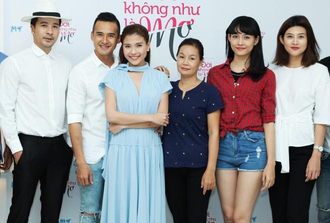 Luong The Thanh - Thuy Diem quan quyt trong su kien hinh anh 7