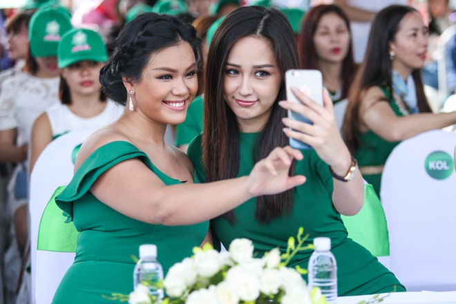 Minh Hang - Jennifer Pham dien ton sur ton o su kien hinh anh 9