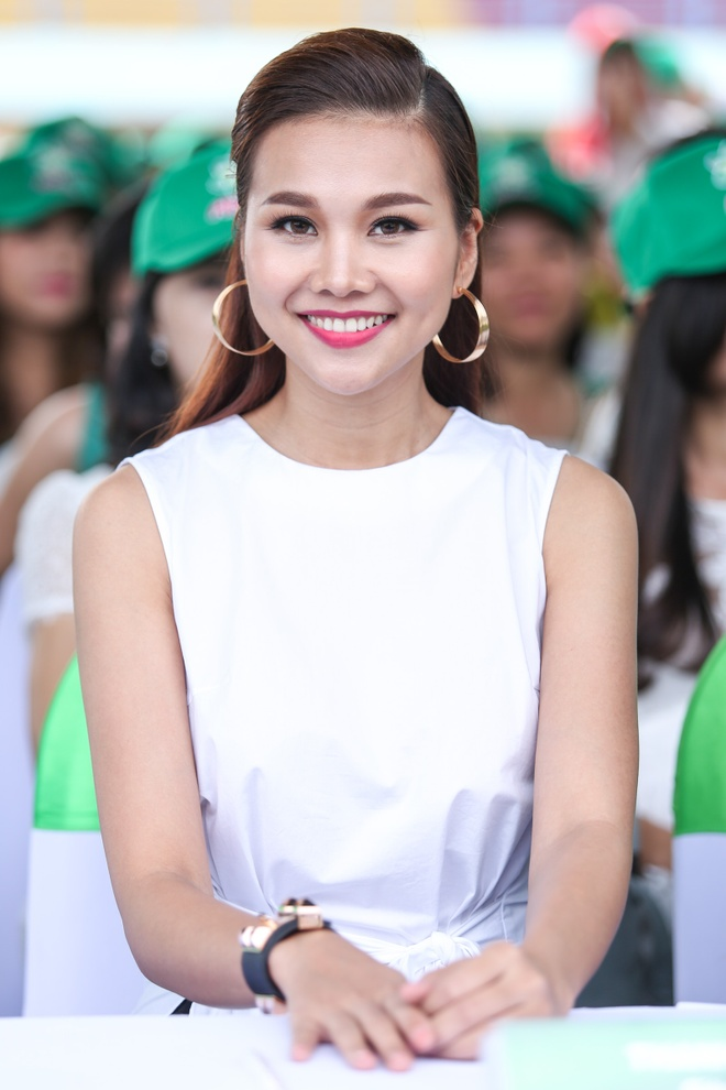 Minh Hang - Jennifer Pham dien ton sur ton o su kien hinh anh 5