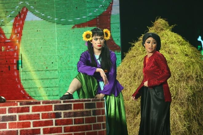 Thi sinh Cuoi xuyen Viet hoa than ban sao cua Hoai Linh hinh anh 3