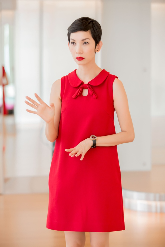 Xuan Lan mang em gai hoa hau Diem Huong vi di tap tre hinh anh 1