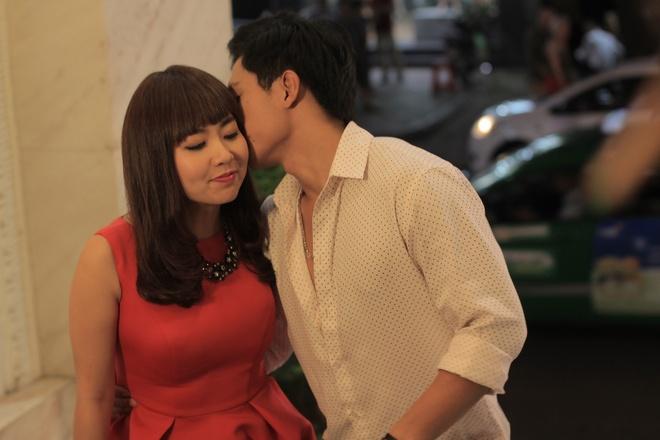 Le Khanh khong so chong ghen khi yeu trai tre trong phim hinh anh 1