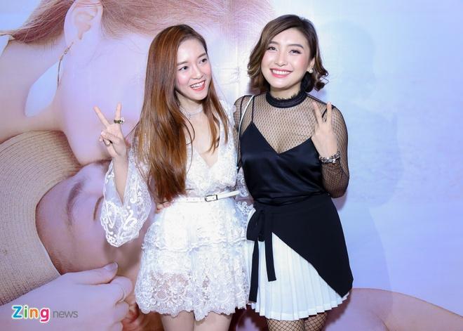 Dinh Huong xinh xan ra mat MV hinh anh 3